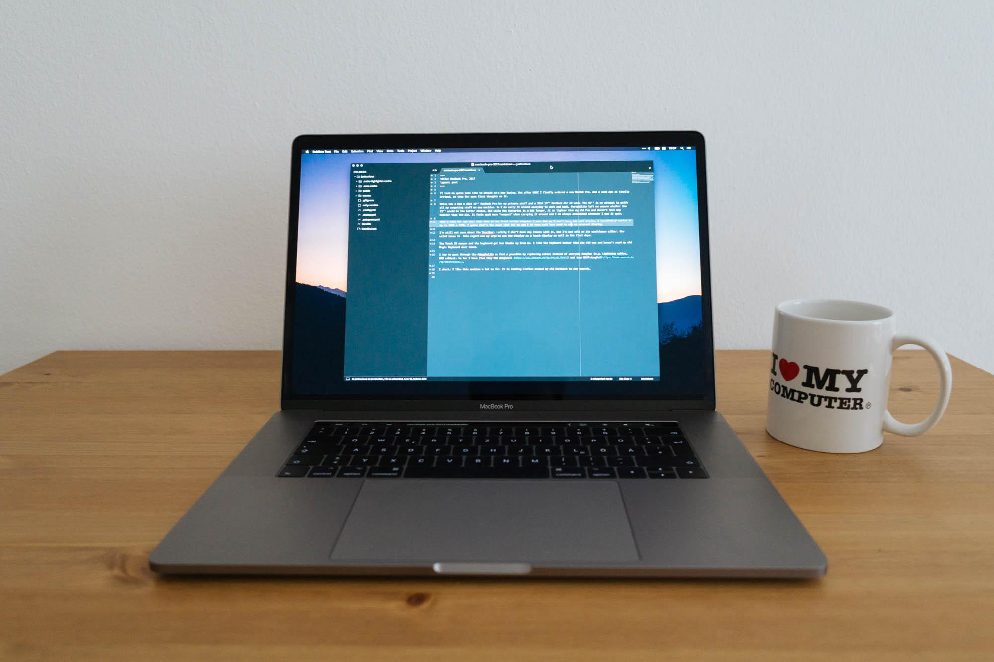 MacBook Pro, 2017 | xam io